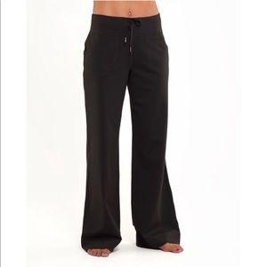 Lululemon still yoga pants